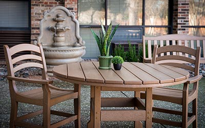 Traymore outdoor seating